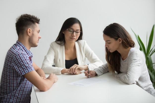 Quelle est la différence entre le divorce par faute et le divorce sans faute ?