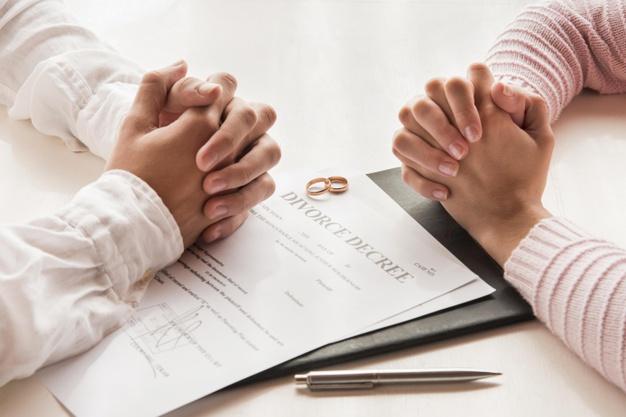 Focus sur les points importants par le biais d'existence d'un divorce pour faute